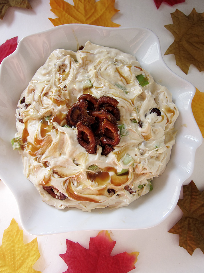 Caramel Apple Pretzel Salad - The perfect fall salad with sweet/salty caramelized crunchy pretzels and tart apples wrapped in a creamy topping.