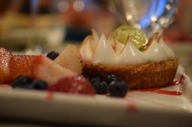 Savor the Flavors of Summer Key Lime Tart
