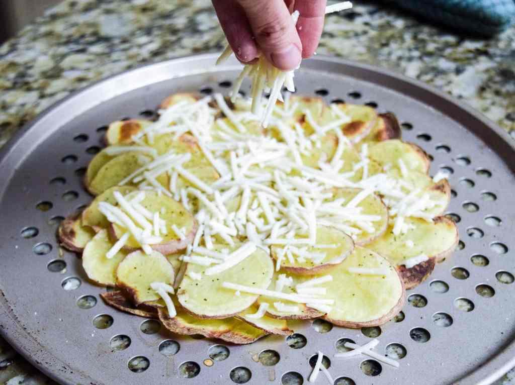vegan cheese potato crust pizza
