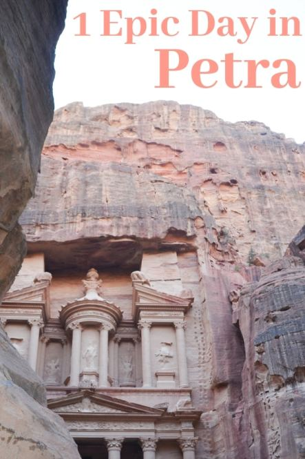 Wondering what to see and do with 1 day in Petra? Here's my guide to get the most out of the Lost City of Petra in Joradan. #Petra #Jordan
