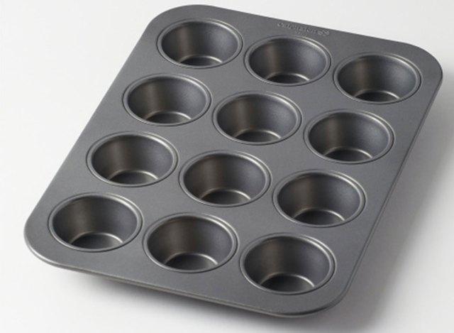 calphalon cup muffin pan