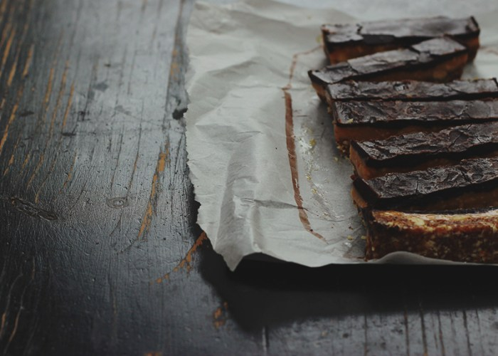 raw snickers slice