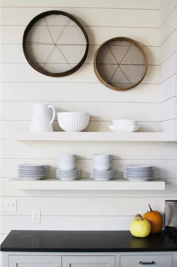 4 Tips To Make Your Kitchen Wall Decoration Stand Out