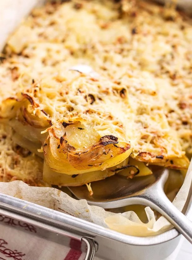 Spicy Potato Casserole Recipe With Onion And Cheese
