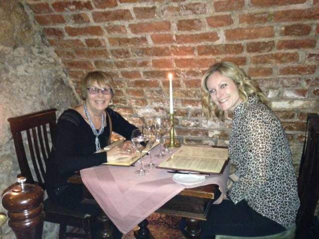 Eat with Ellen visits Cyrano de Bergerac, Krakow