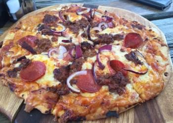 Pizza at the Harlyn Inn