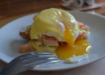 Runny Eggs Royale