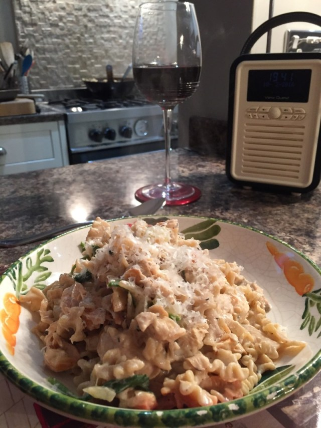 Pasta with oyster mushrooms and salmon