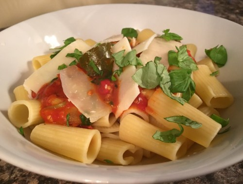 Pasta with roasted vine tomatoes