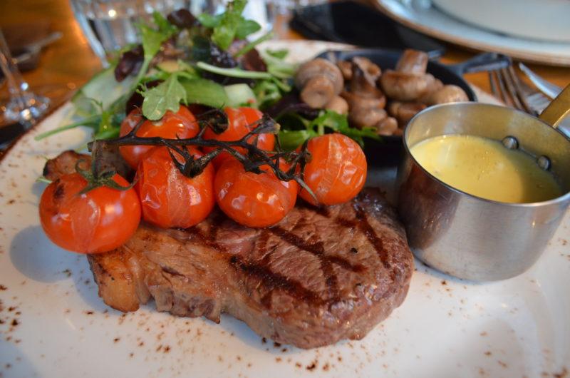 Steak at the Ragged Cot, Minchinhampton