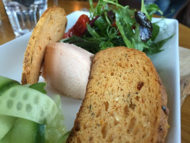 Starter at the Ragged Cot, Minchinhampton