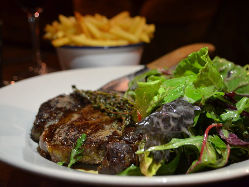 Ribeye steak at the White Horse, Duns Tew