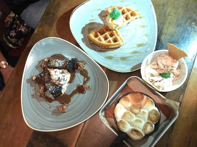 Desserts at Hickorys Smokehouse, Coventry