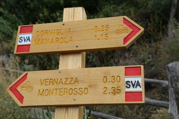 Cinque Terre trail signs