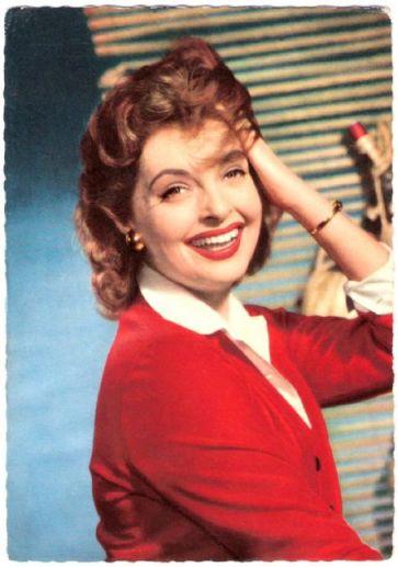 1950's makeup look of Nadja Tiller