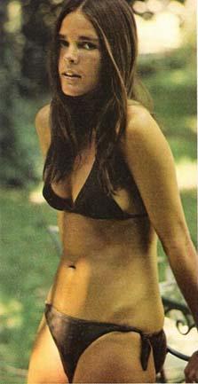 Ali MacGraw in bikini