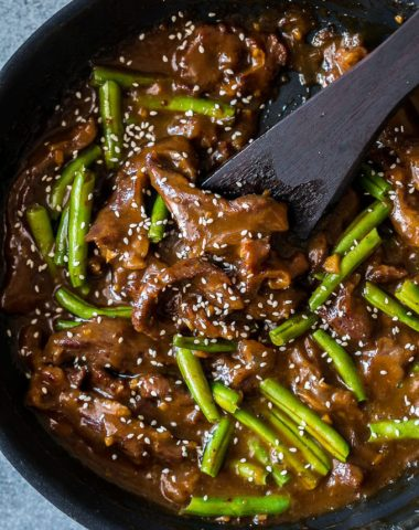 Mongolian Beef is a great dinner option without hassle