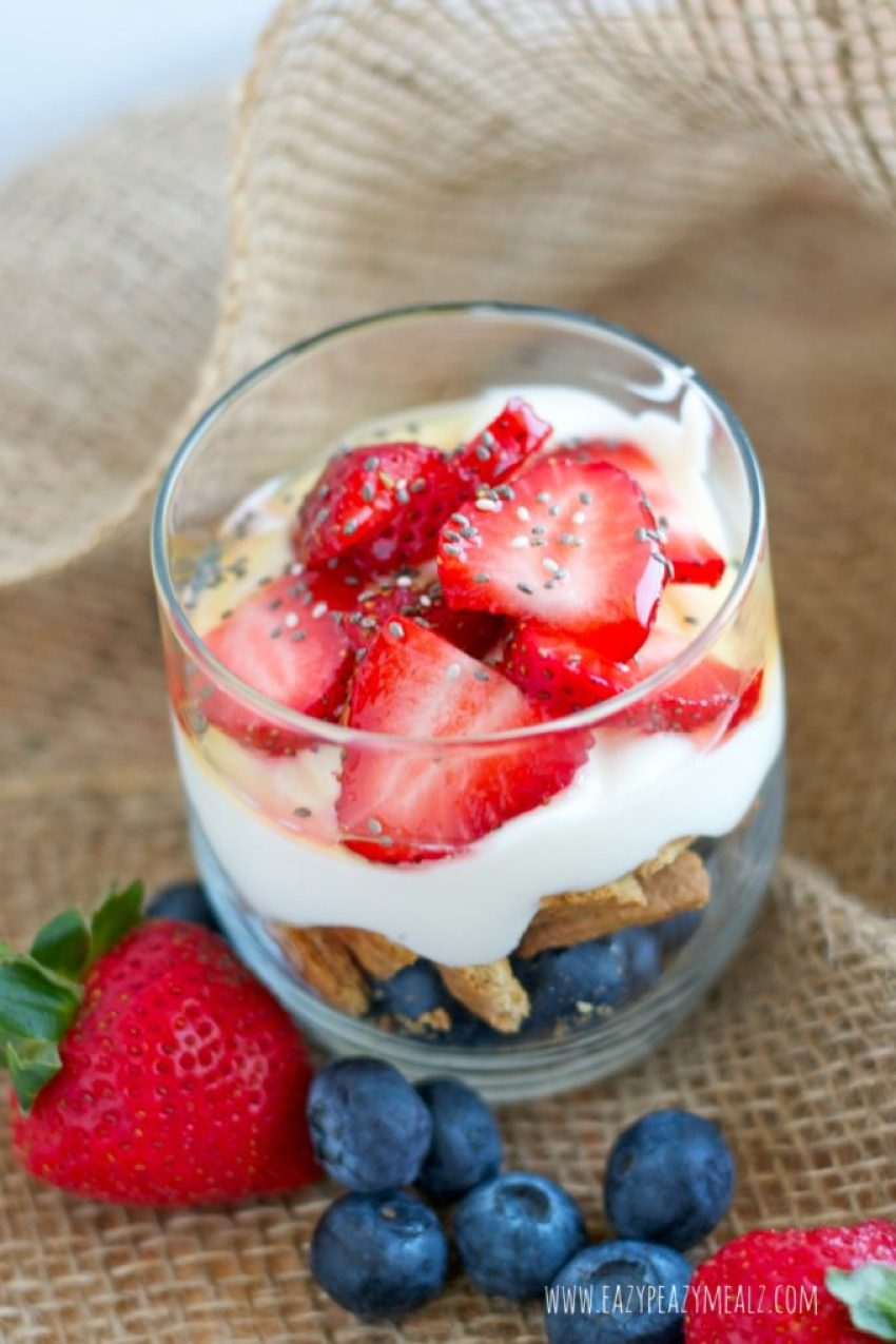 berry parfait with agave