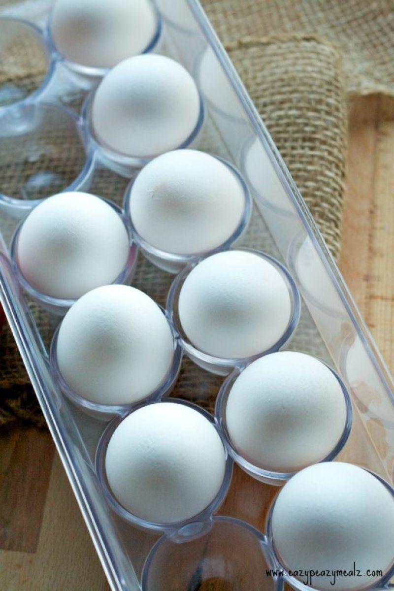 eggs, steamed eggs, an easy egg breakfast