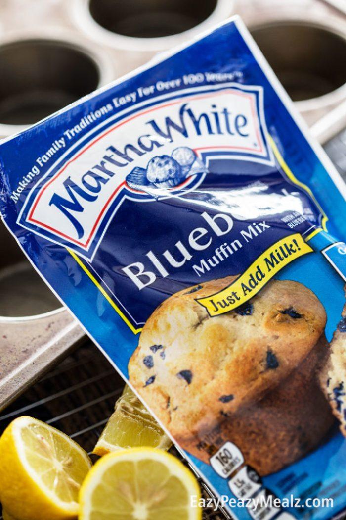 product-close-up-martha-white-blueberry