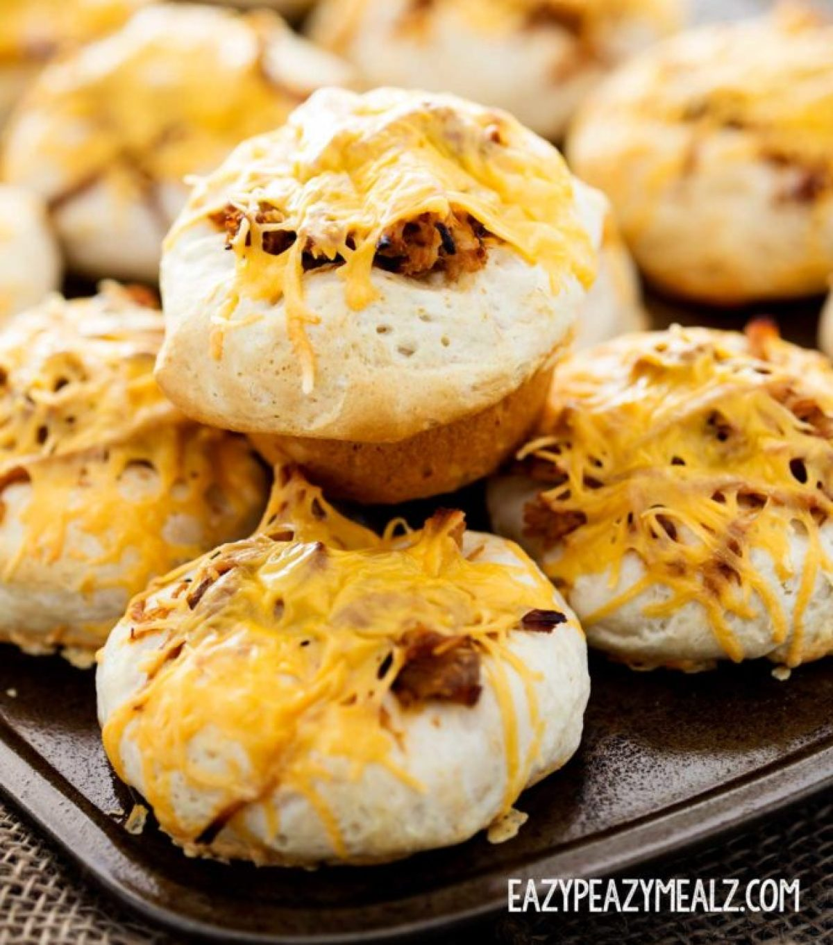 Cheesy BBQ pork cups, full of pulled pork and Kraft Natural Cheese, only 3 ingredients, so easy, and perfect for parties!