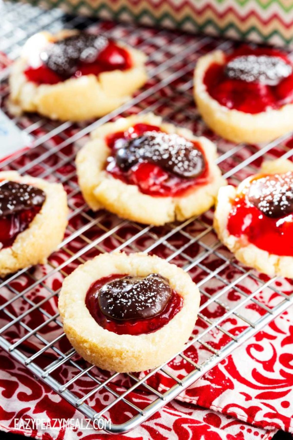 cookie-cups-with-cherry-pie-filling