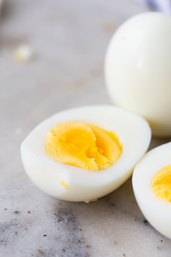 tips for peeling hard boiled eggs