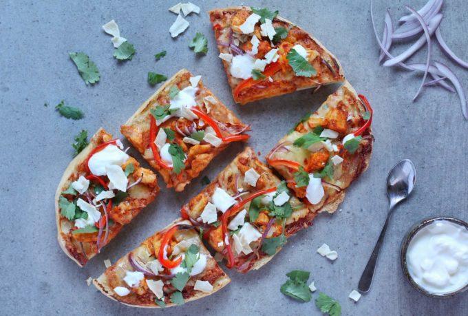 Tandoori chicken Turkish bread pizza