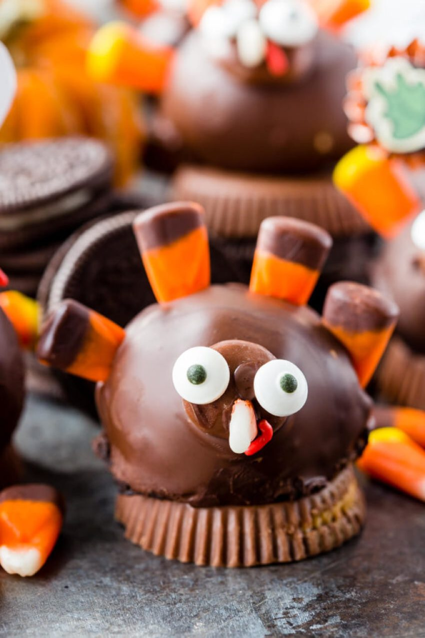 These OREO cookie truffle balls are the perfect Thanksgiving place card holders.