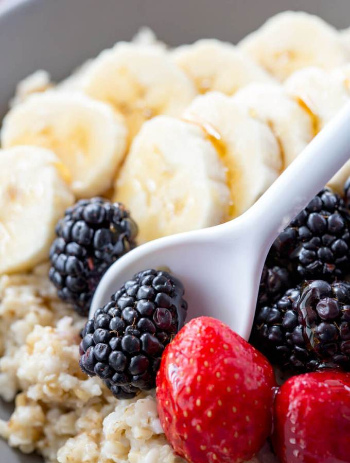 Berry Banana Steel Cut Oats