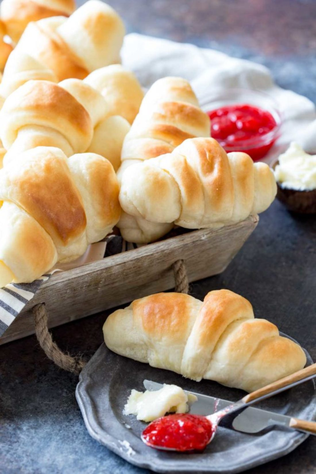 Simple and quick dinner rolls with a buttery top and delicious texture.
