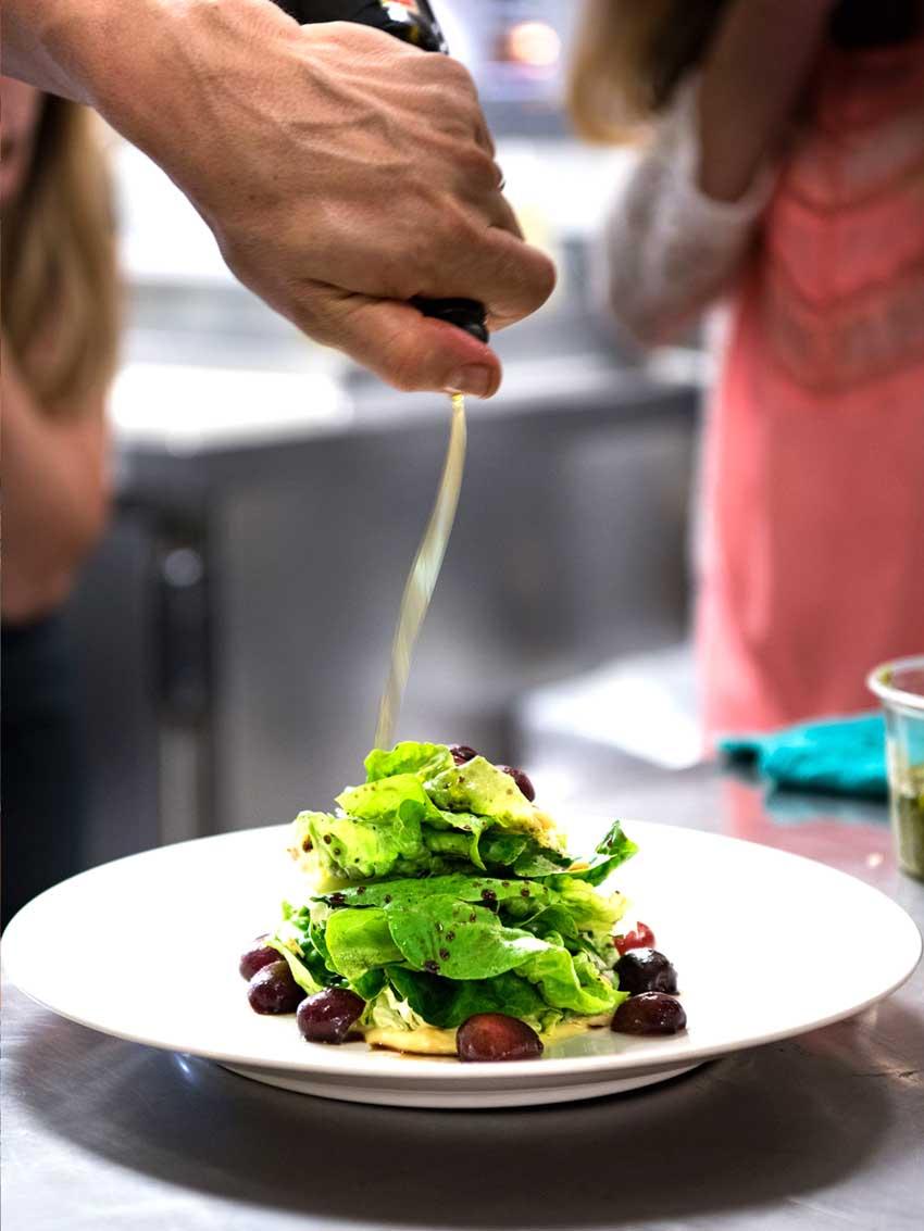 dressing-salad