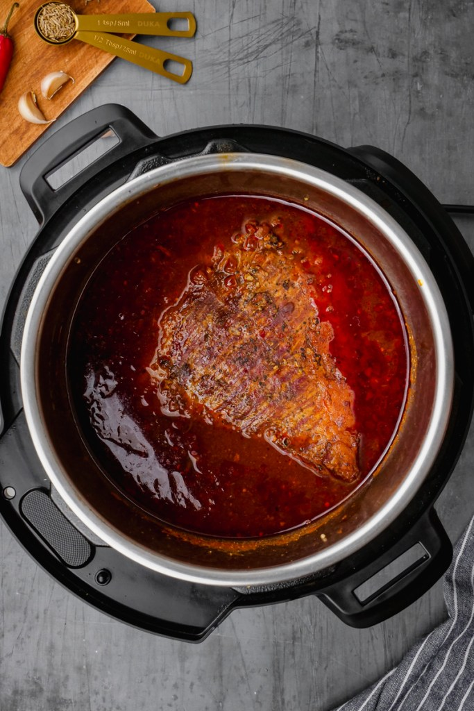 brisket in instant pot with sauce