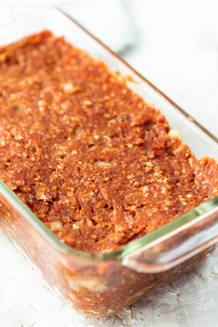 Keto meatloaf uses substitutes for things like breadcrumbs so you get the flavor without the carbs