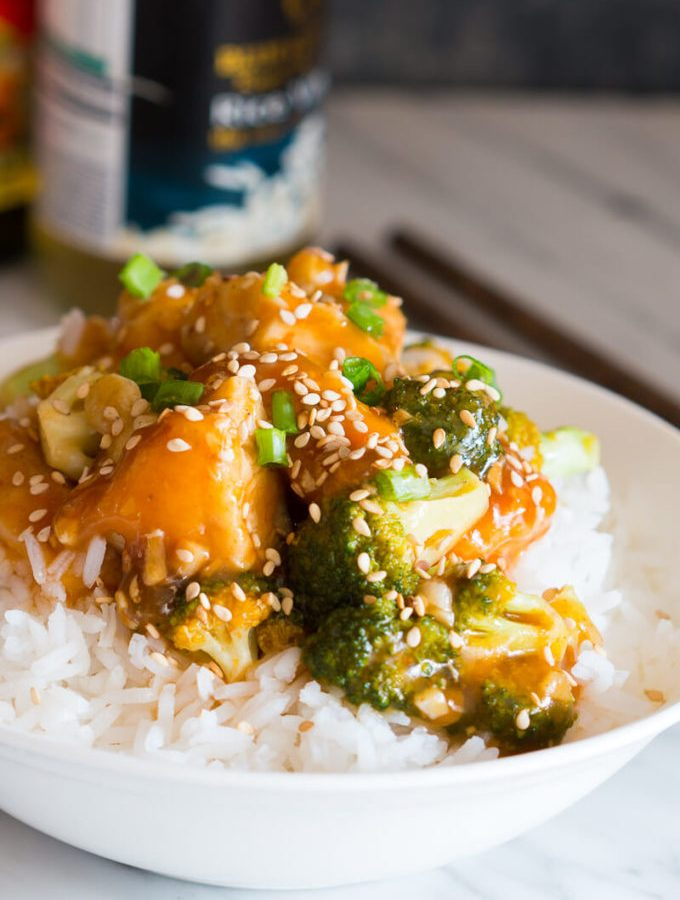 Honey Sesame Chicken with Broccoli