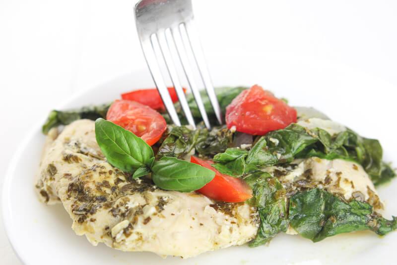 Spinach Tomato Pesto Chicken Recipe