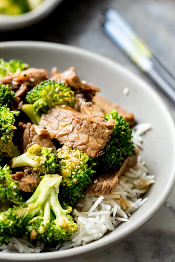 A bowl of beef and broccoli