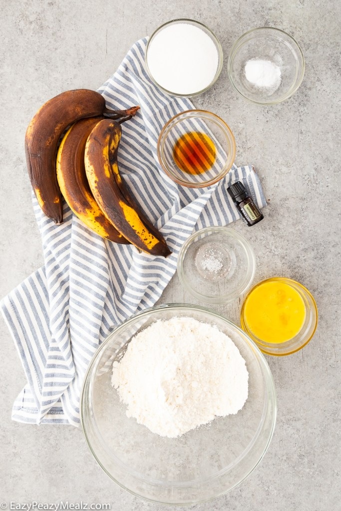 The ingredients you need to make cardamom banana bread