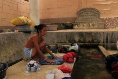 Baño sa Poblacion