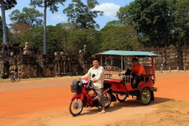 Our Tuk-Tuk in front of the Leper King Terrace