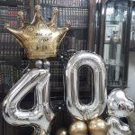 סידור בלונים ליום הולדת 40