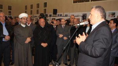 صورة الوزير ترو يفتتح معرض حركة السلام الدائم
