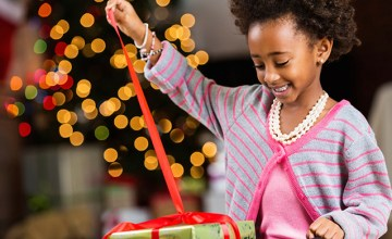 Top Tips for Tear-Free Holiday Kids' Fashion