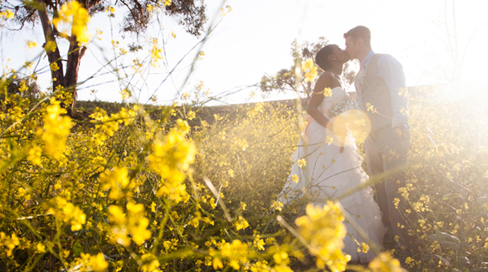 9 Summer Wedding Tips to Help You Keep Your Cool