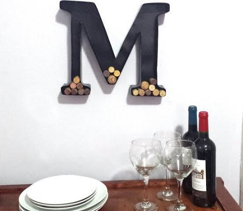 Initial wine cork holder