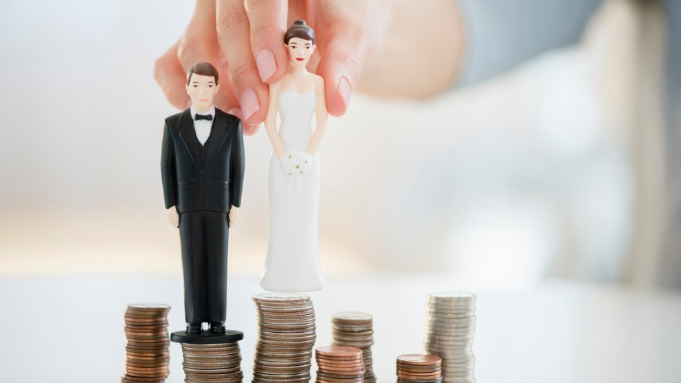 6 Easy Ways to Save for a Wedding