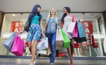 How to Shop End of Summer Sales Like a Pro