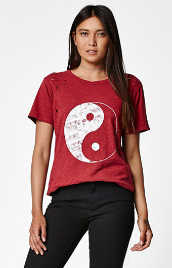 LA Hearts Yin Yang Distressed Short Sleeve T-Shirt
