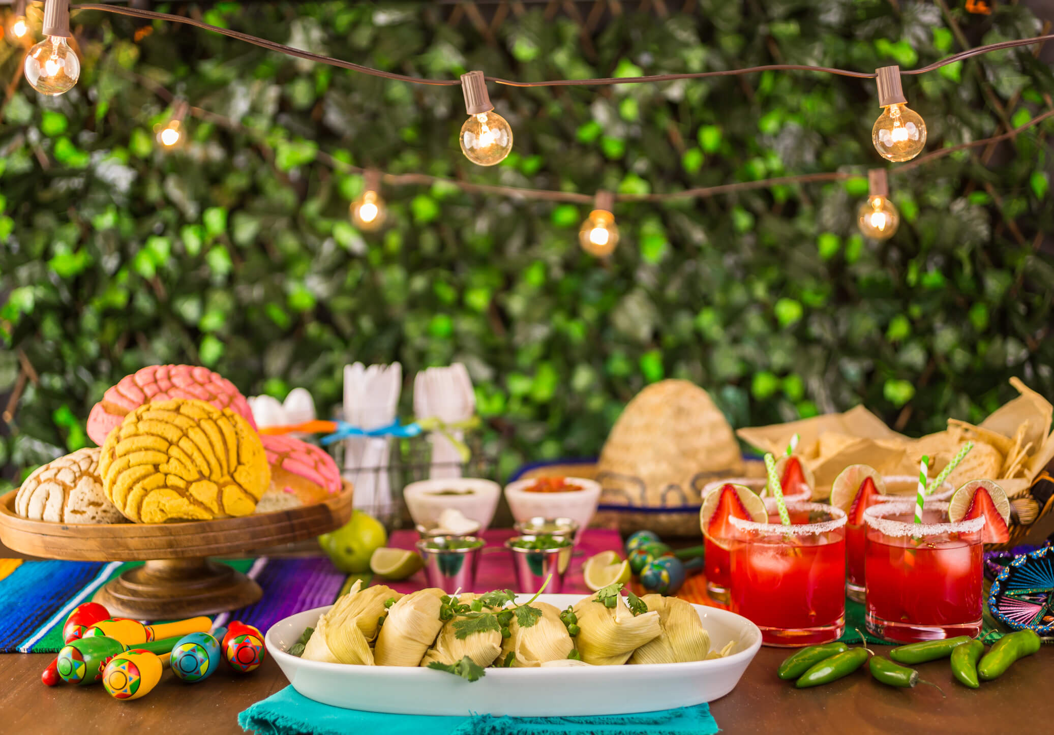 Cinco de Mayo Party Essentials to Throw the Fiercest Fiesta