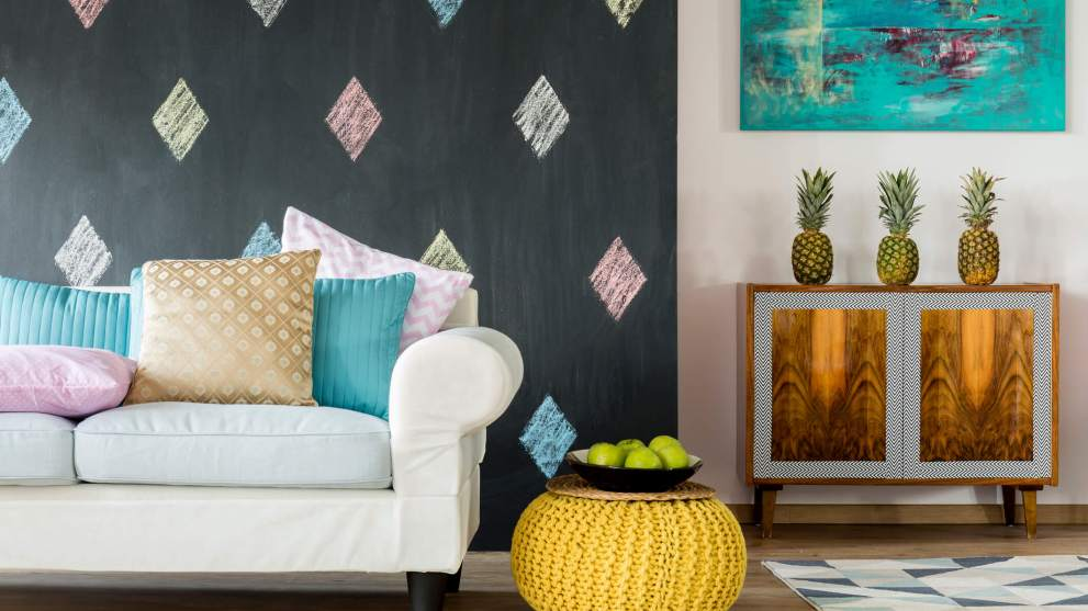 How to Add Summer Spice to Your Living Room